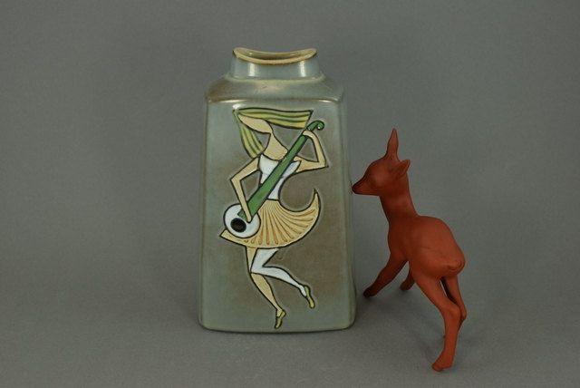 Seltene Vintage Vase / 331 | West Germany | WGP | 60er von ShabbRockRepublic auf Etsy