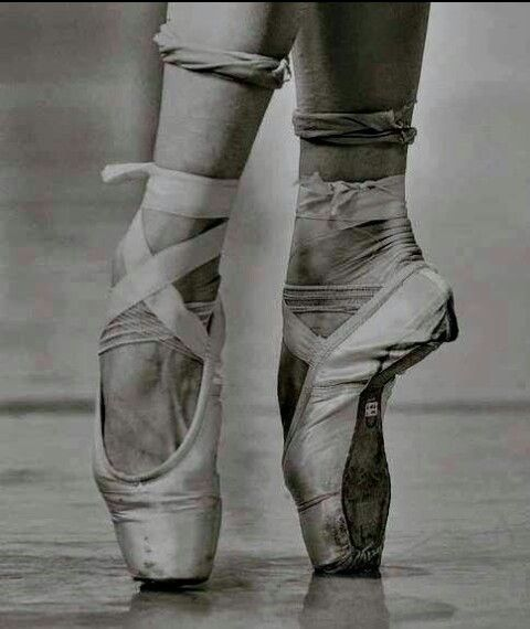 worn out point shoes my love for dance pinterest