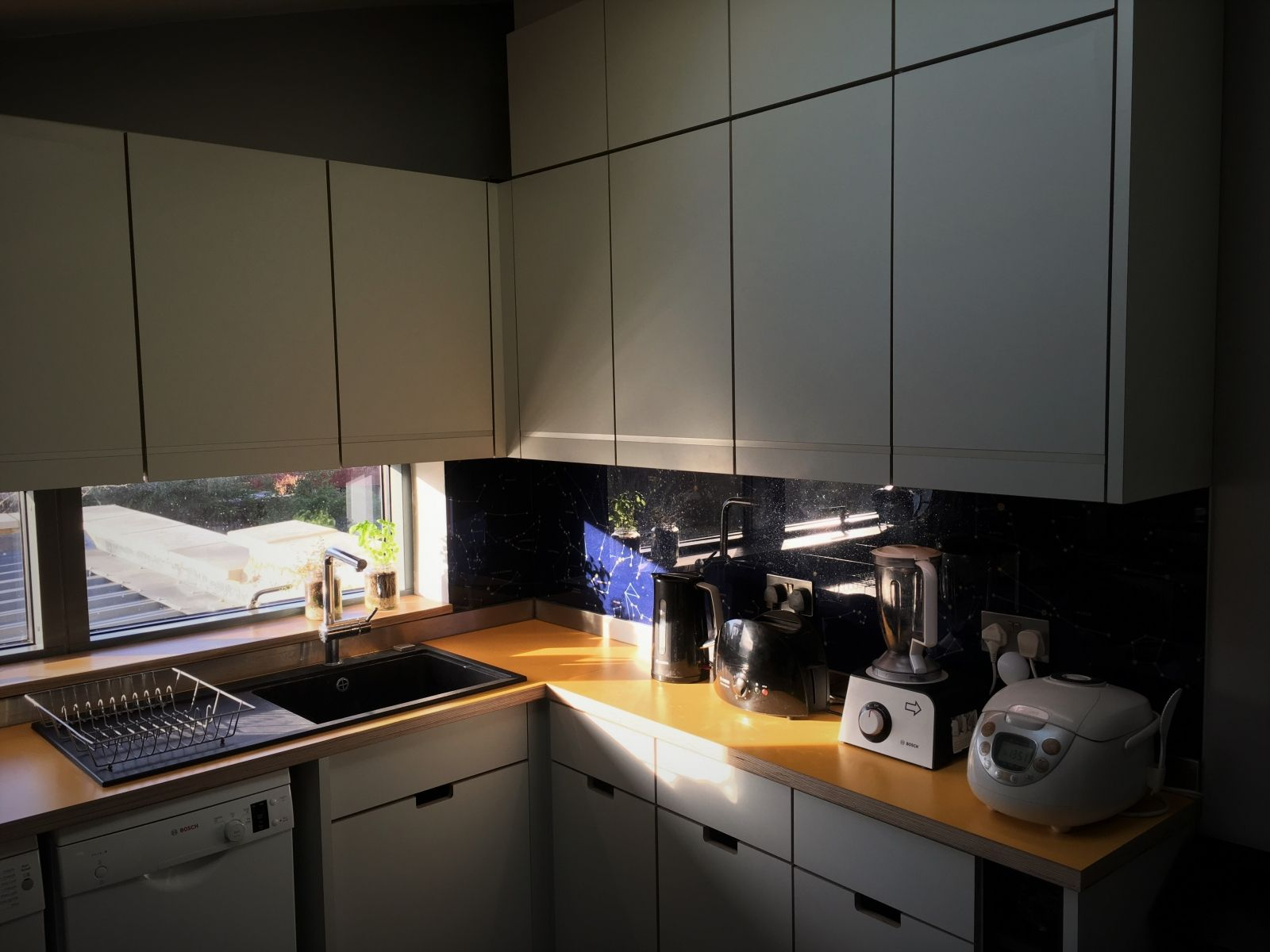 Small Kitchen: Laminated Birch Ply Cabinets And Worktop. Design By Starlight  Architecture.