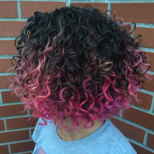 40 Pink Hairstyles As The Inspiration To Try Pink Hair Hair Styles Dyed Curly Hair Curly Hair Styles Naturally