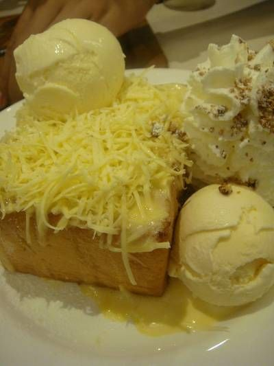 Chedder Cheese Toast ที่ ร้านอาหาร After You Dessert Cafe Siam Paragon