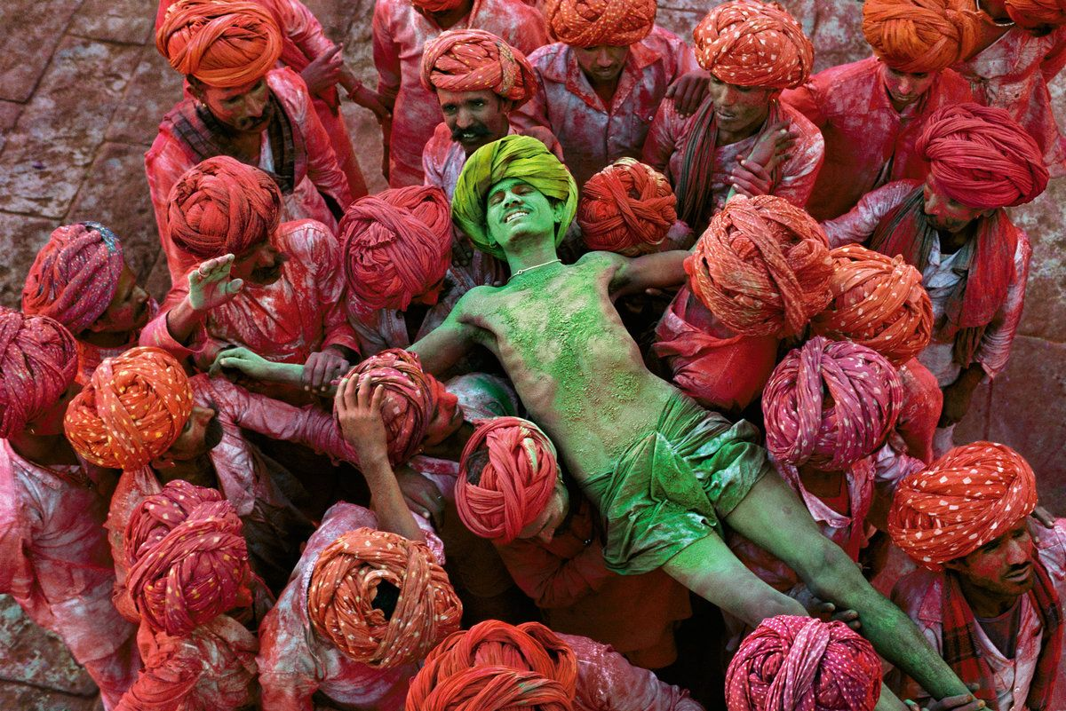 Holu, a festival that welcomes spring, is celebrated with public spraying of colorful powders. Rajasthan, India, 1996.
