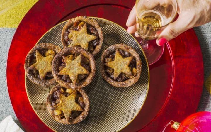 Deliciously Ella S Healthy Mince Pie Recipe Healthy Christmas
