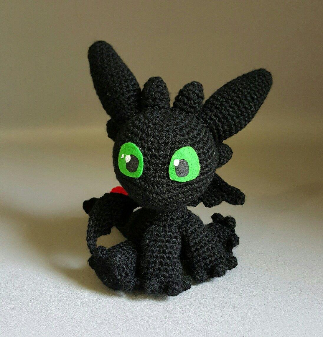 Toothless, from Sarselgurumi's free pattern | Gloves ...