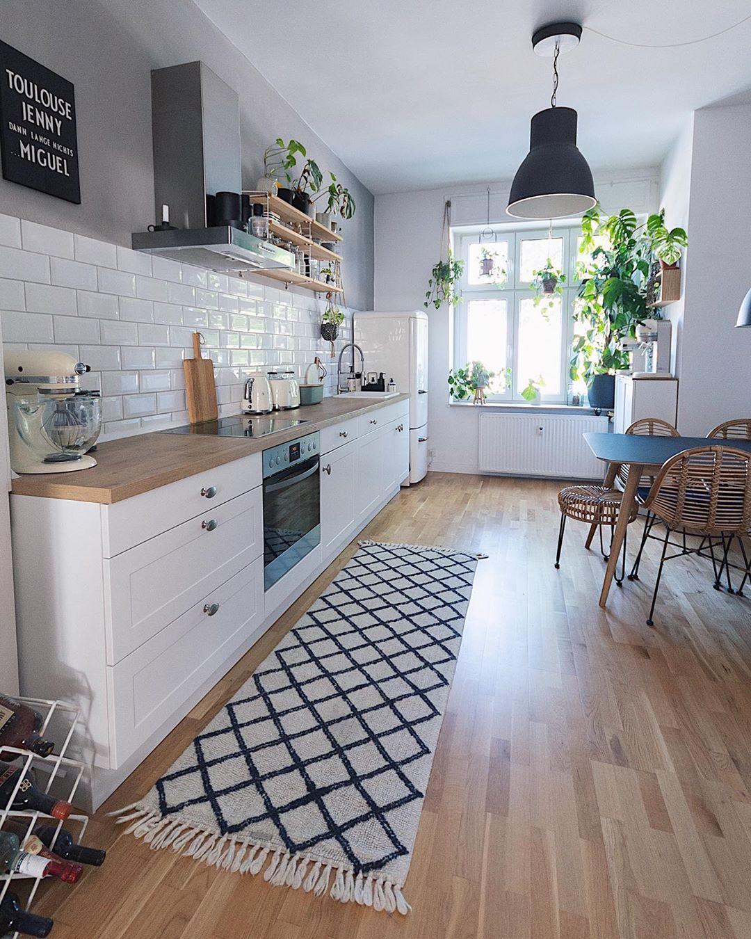 Épinglé par Democratik Design sur Kitchen aesthetic   Idée déco ...