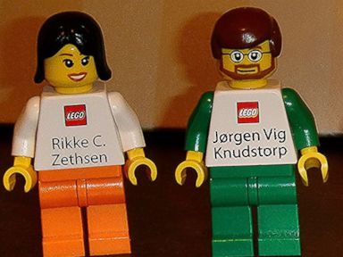 See Lego S Awesome Business Cards For Executives Cool Business Cards Business Cards Cards