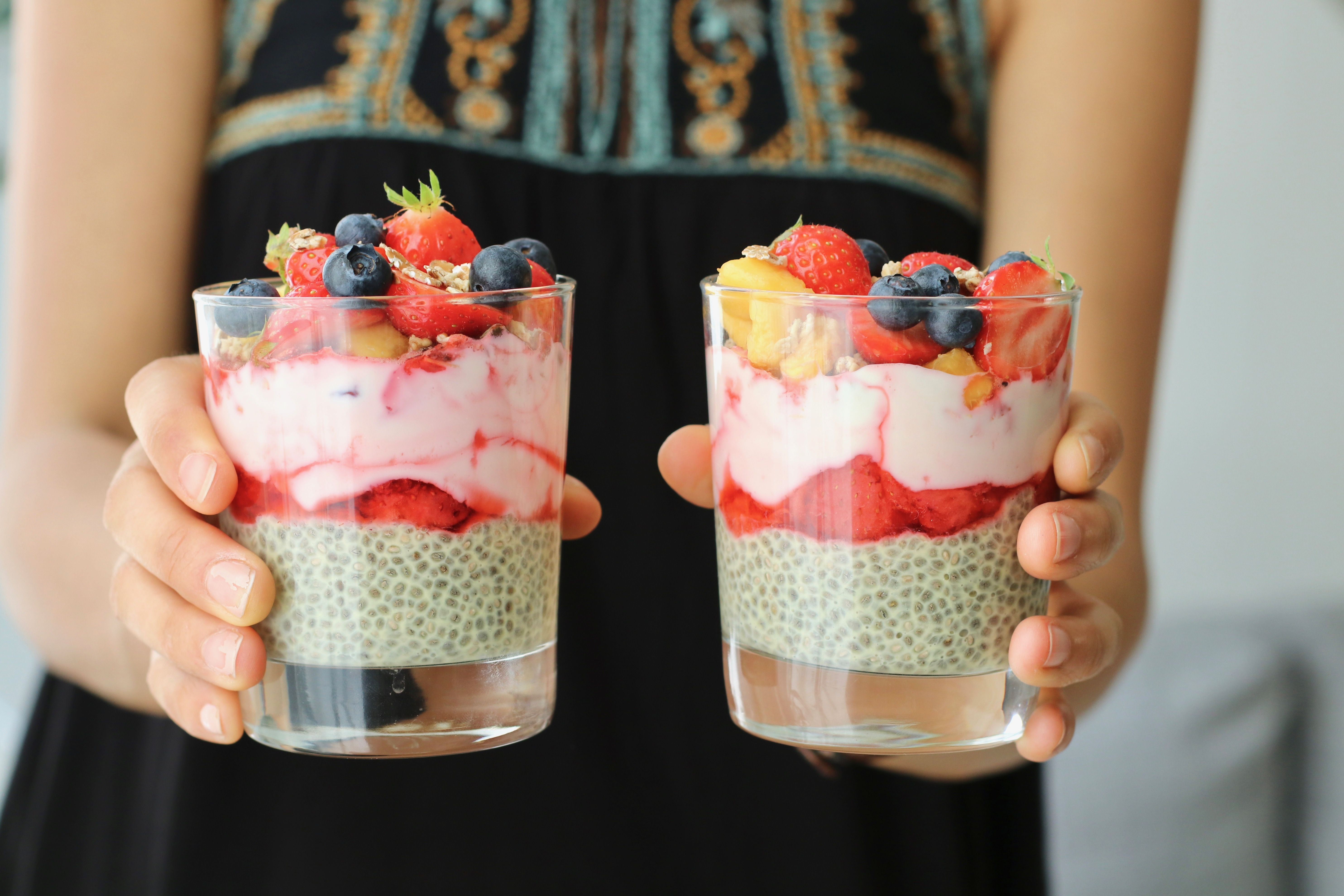 Here S A Super Delicious Recipe For Chia Pudding If You Haven T Already Tried Chia Gel Give It A Go It S An Incre Chia Seed Pudding Sweet Snacks Yummy Food