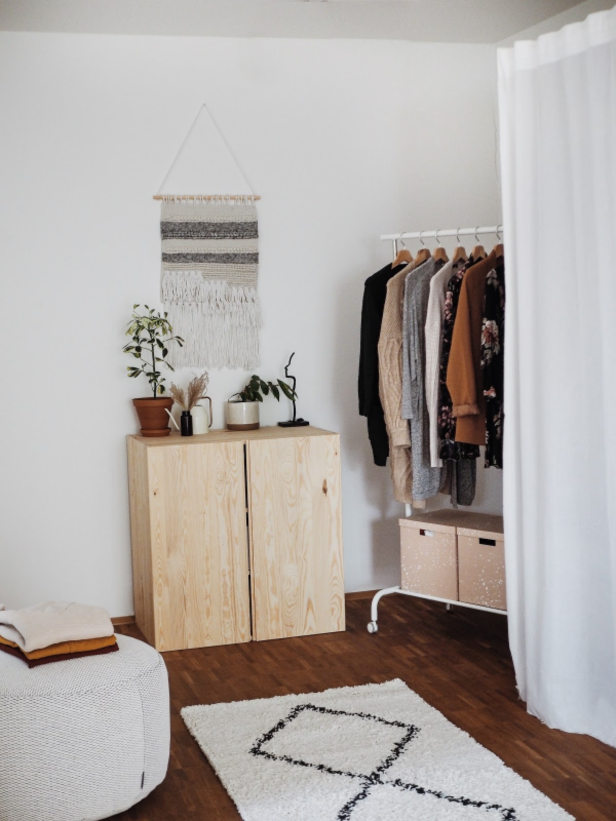 Bohemian Ankleidezimmer Einrichten In 2020 Ankleide Zimmer Haus Ankleidezimmer