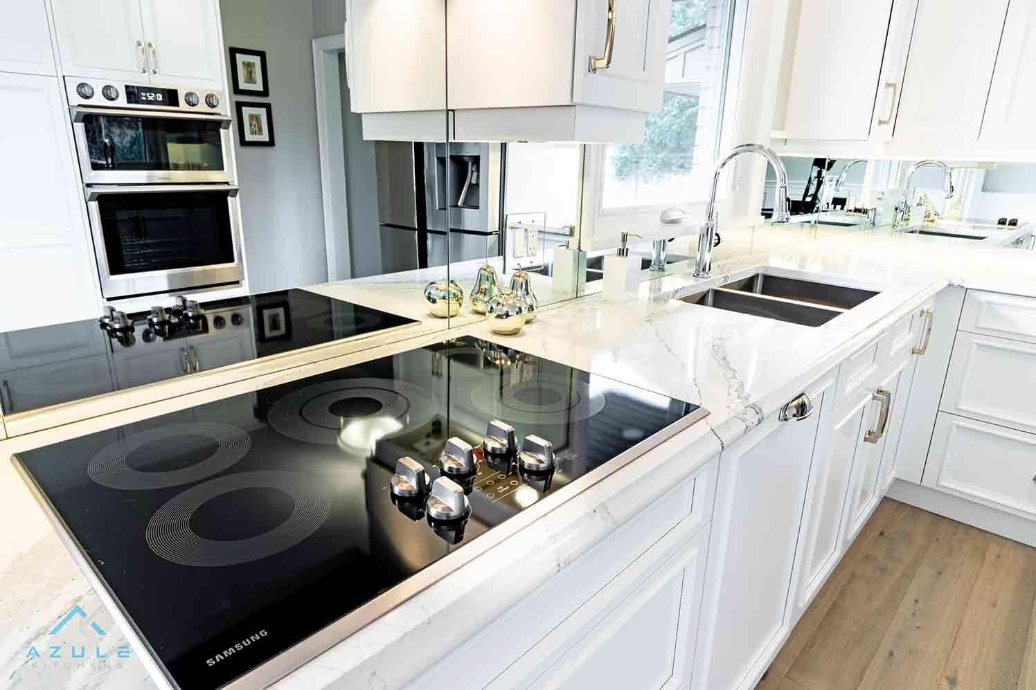 Azule Kitchens Modern Design Kitchen Tops In 2020 Modern Kitchen Design Kitchen Redesign Kitchen Cabinetry