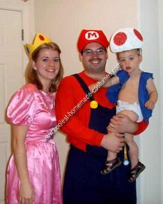 Coolest Homemade Mario Peach And Toad Family Costume