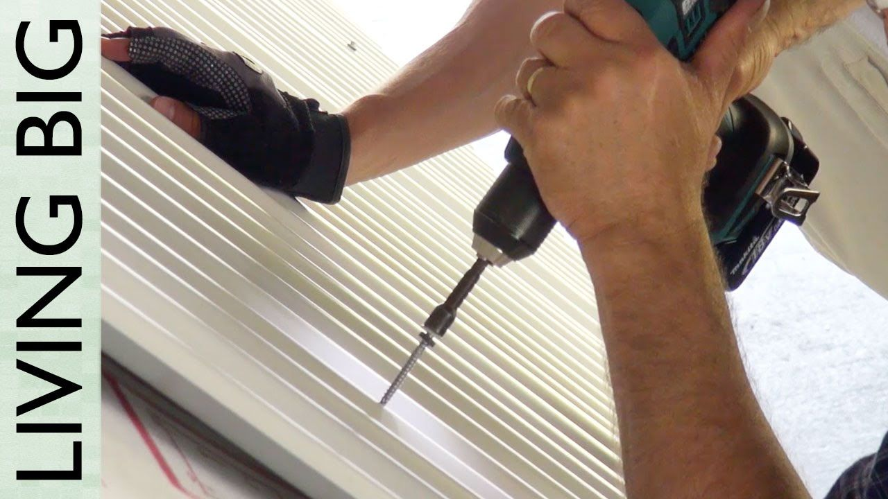 Installing A Corrugate Roof (Part 1) Corrugated roofing