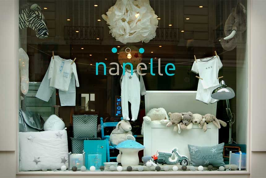 boutique shop window display nanelle paris boutique d co mobilier linge enfant conseil. Black Bedroom Furniture Sets. Home Design Ideas