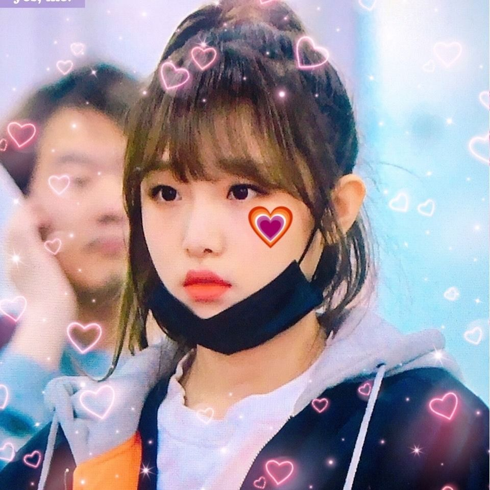 Pin by ─ 𝖆𝖓𝖙𝖆𝖗𝖊𝖘 ♥︎ on ☆★ messy Cute icons, Kpop girls