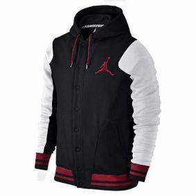 """Jordan Varsity Hoody 2.0 """"Black Prevalence"""", con capucha para marcar tu propio estilo http://www.basketspirit.com/jordan-marca-camisetas-complementos-zapatillas-balones"""