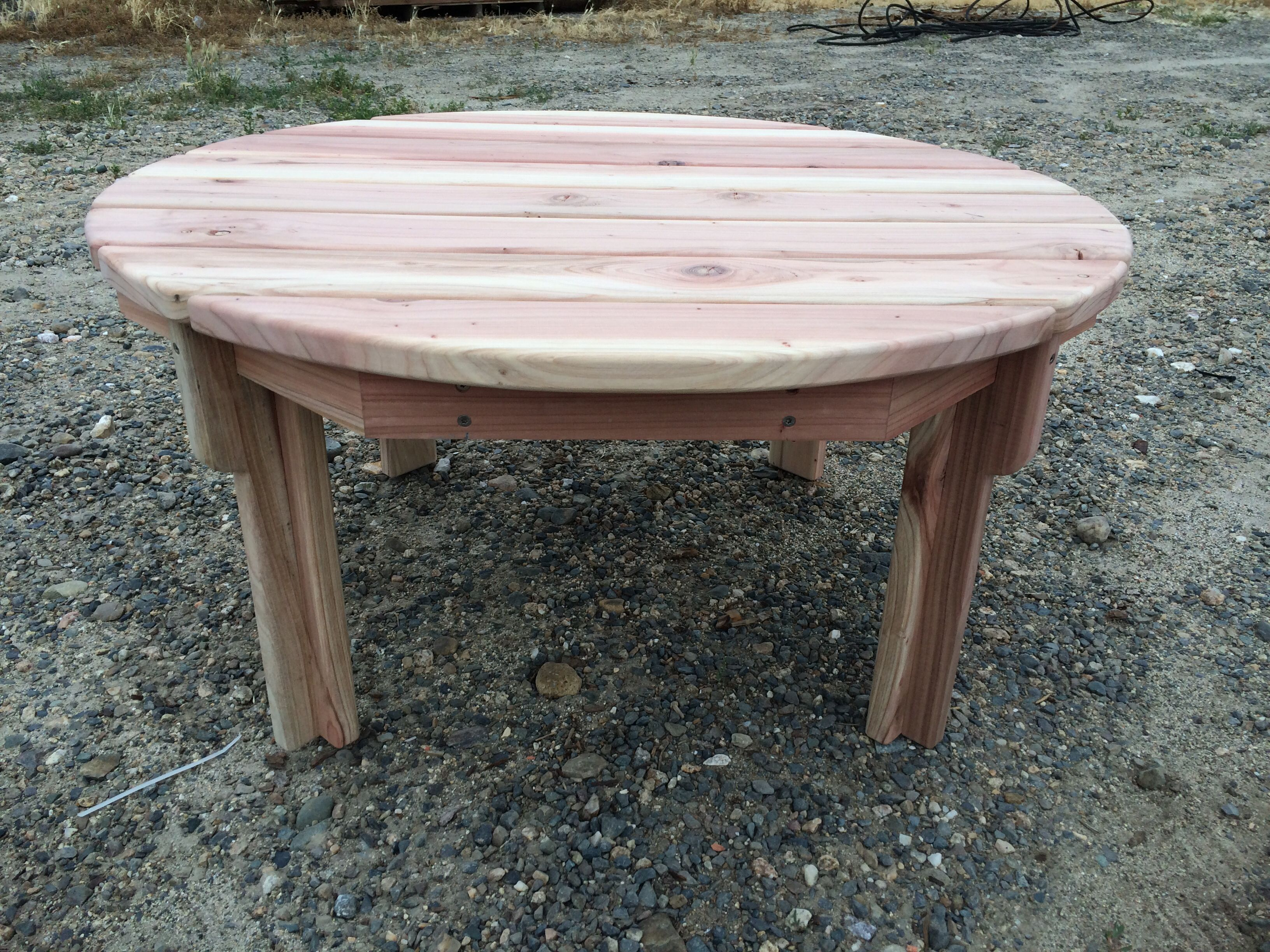Knotthead Custom Sawing 36 Round Redwood Adirondack Coffee Table Different View Of Tge Legs And Corbels Adirondack Furniture Types Of Wood Outdoor Tables [ 2448 x 3264 Pixel ]
