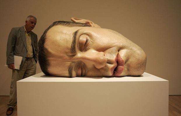 superfunnypicturesofUltrarealistichumansculptures4.jpg (620×400)