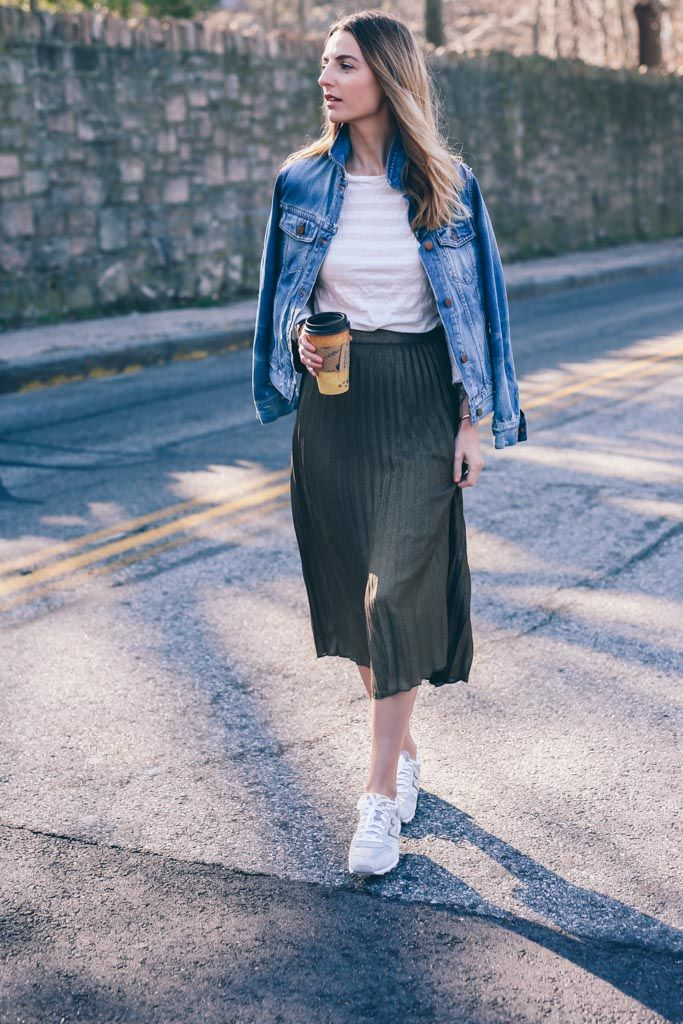 9a53b566194 Jess Ann Kirby wearing a Metallic Pleated Midi Skirt and sneakers on  Prosecco and Plaid