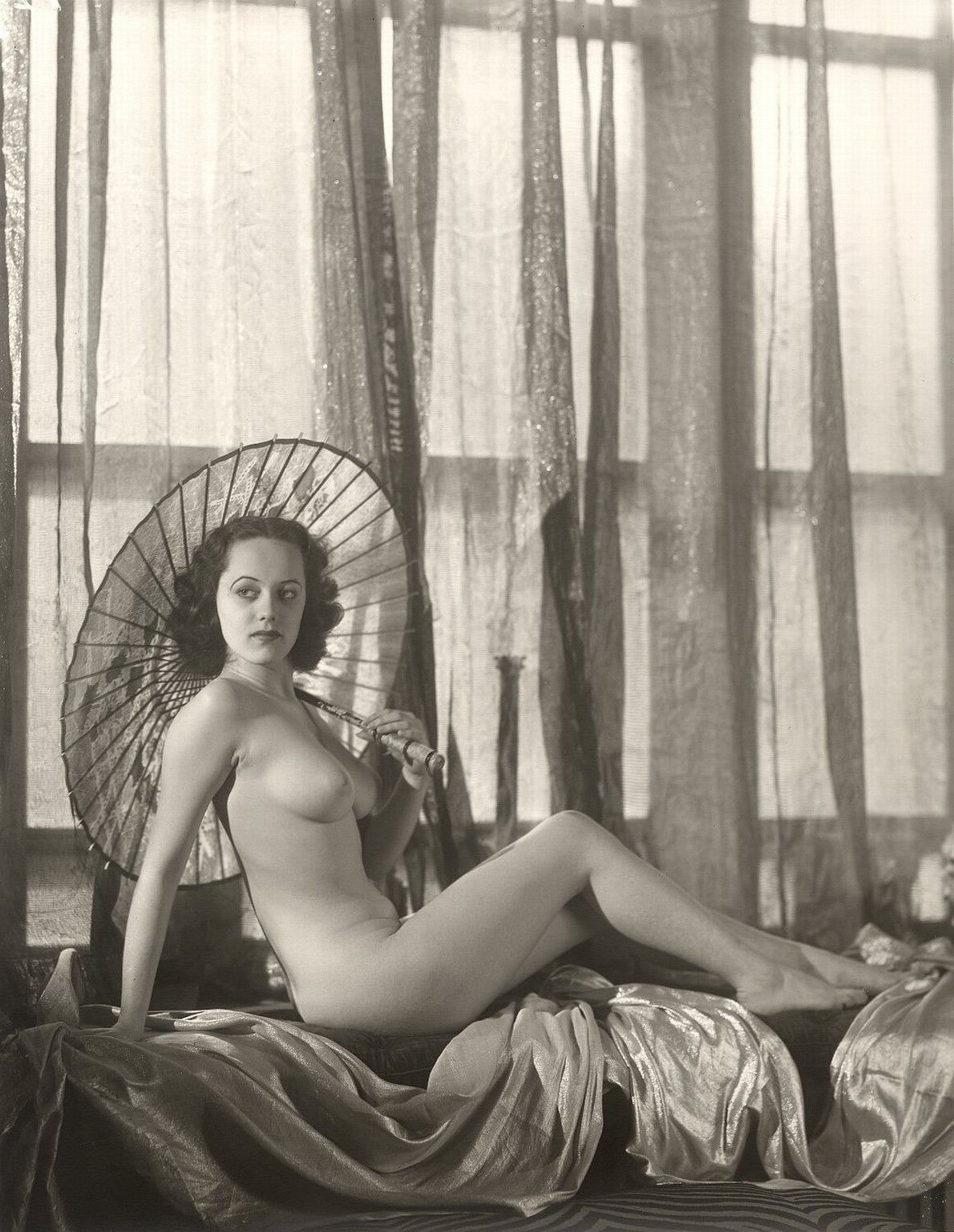 vintage-female-nudes