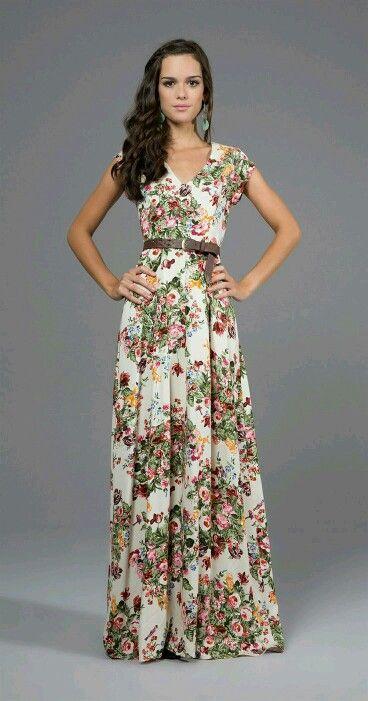 Modelos de vestidos largos modestos