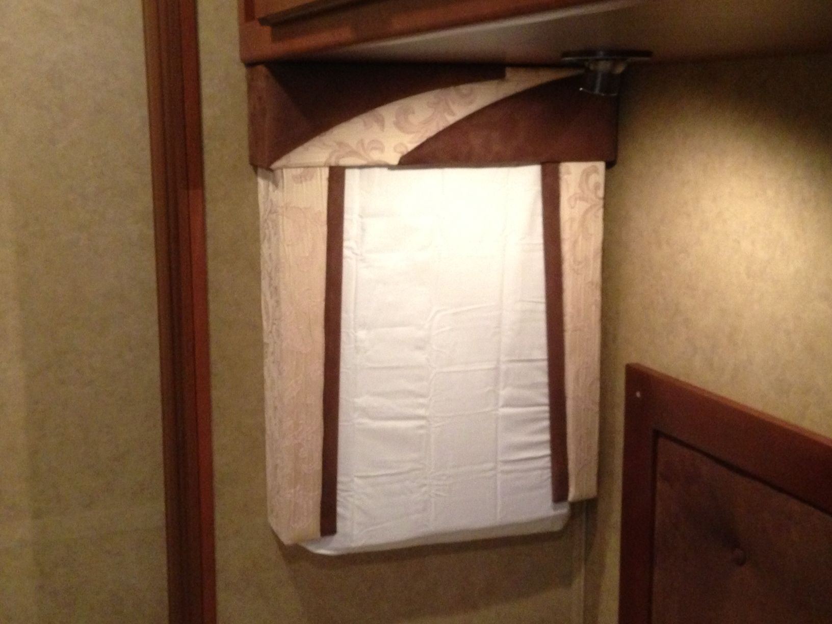 Clever Mod For Cold Weather RV Window Insulation