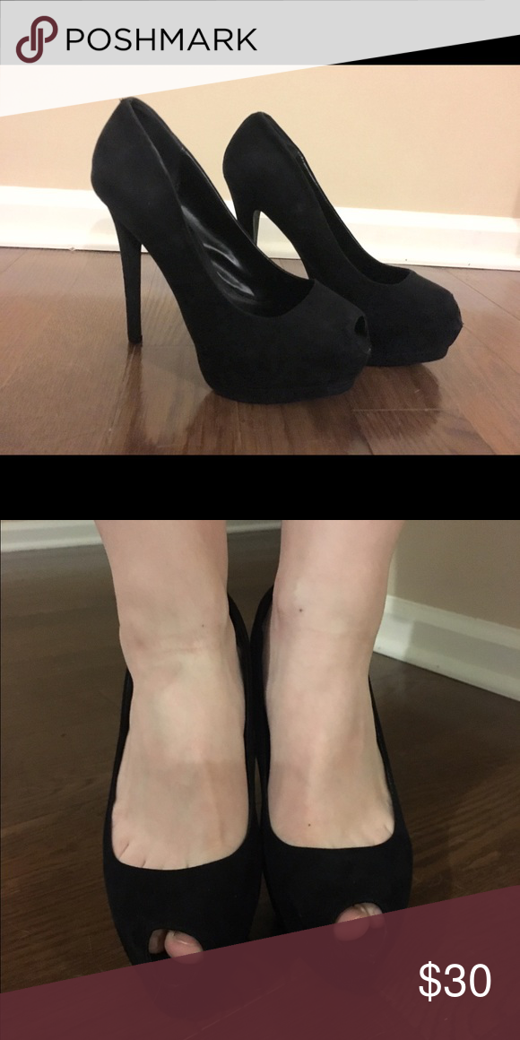 ✂️SALE✂️Black Suede Platform Heels excellent condition only used for a couple occasions! Shoes Heels