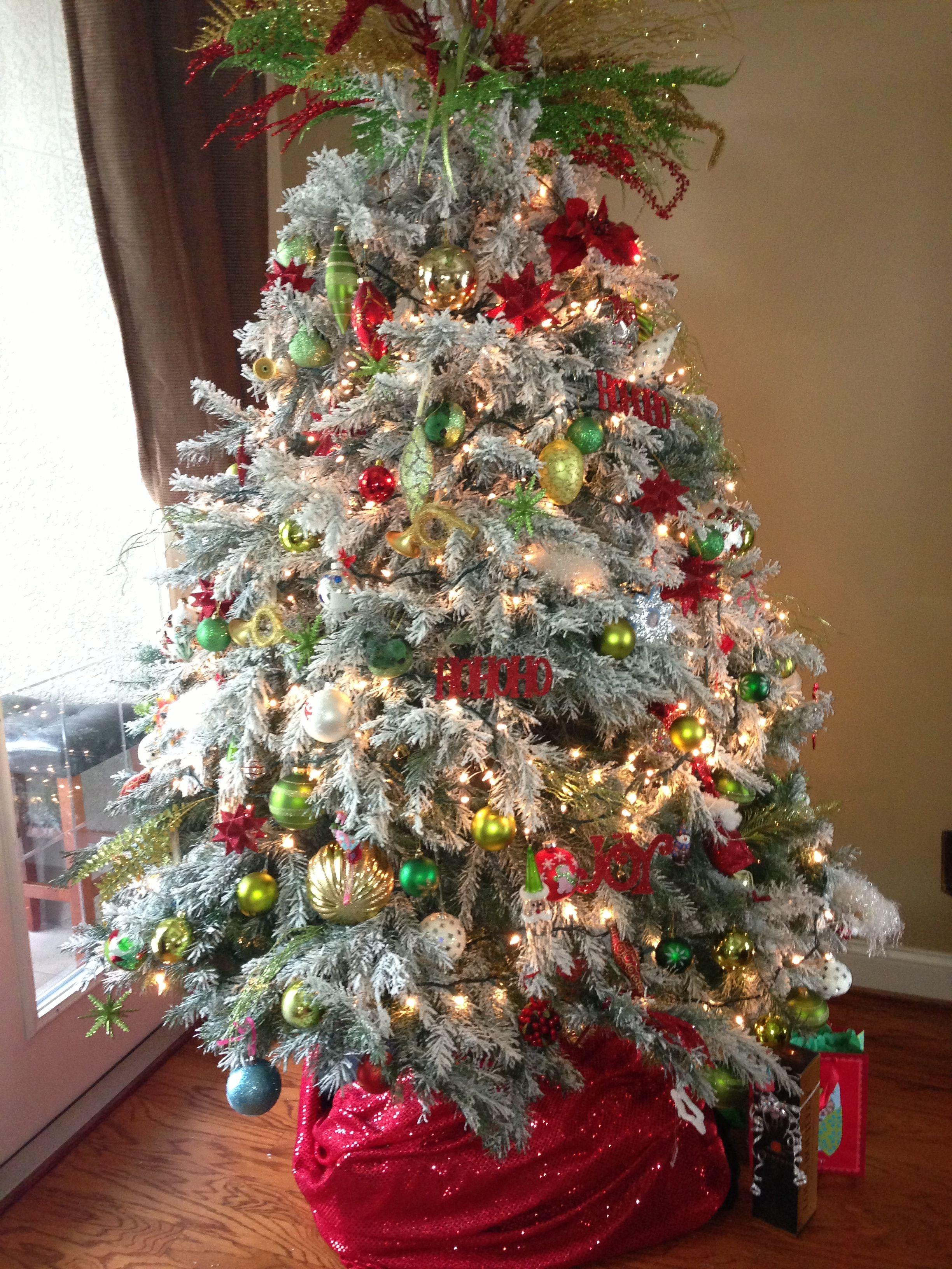 Flocked Christmas Tree Fl Style Flocked Christmas Trees Decorated Flocked Christmas Trees Christmas Tree Decorations