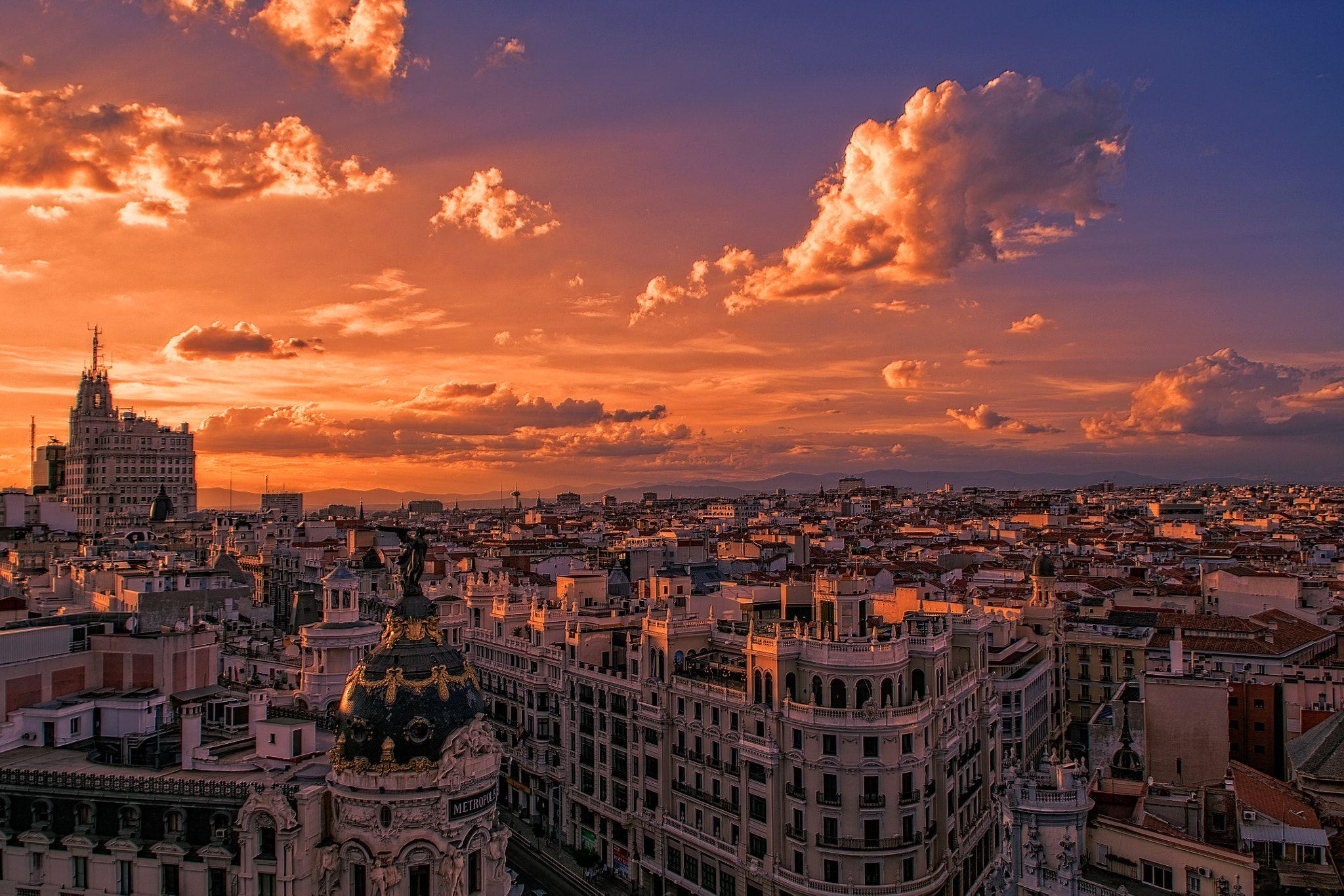 Madrid 20 Tejados De Madrid Al Atardecer Desde La Terraza Del Circulo De Bellas Artes Over Madrid At Sunset From The Ter Madrid Skyline Madrid City Skyline