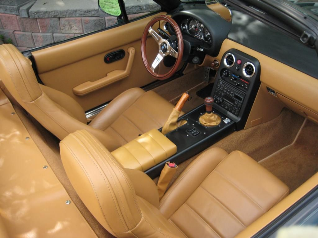 Na miata with rs products retro center console by gatz83 from clubroadster net