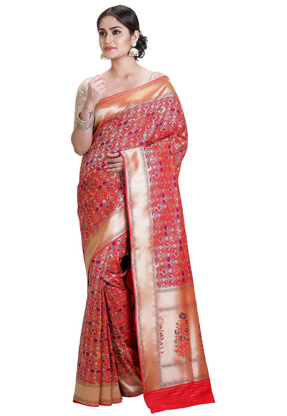 Art banarasi silk saree in red this drape is elegantly woven with