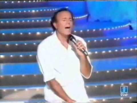 Rocio Durcal Y Julio Iglesias Como Han Pasado Los Años Spanish Music Latin Music Julio Iglesias