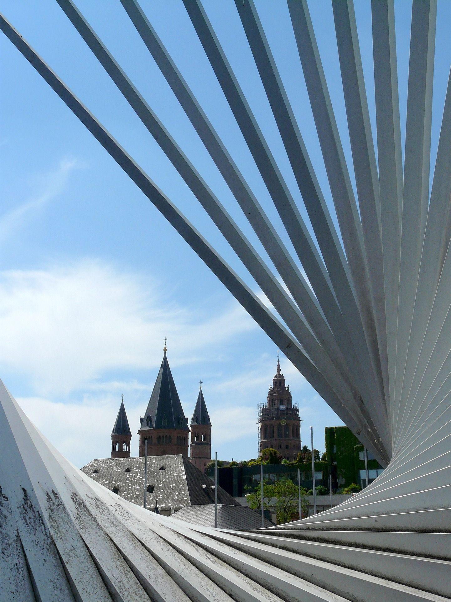 Mainz Bei Wohlstand Auf Bundesweitem Spitzenplatz Gute Wachstumsaussichten Fur Arbeitsmarkt Und Wirtschaft Stabiler Arbeitsmarkt Sparkasse Mainz Hauptstadt