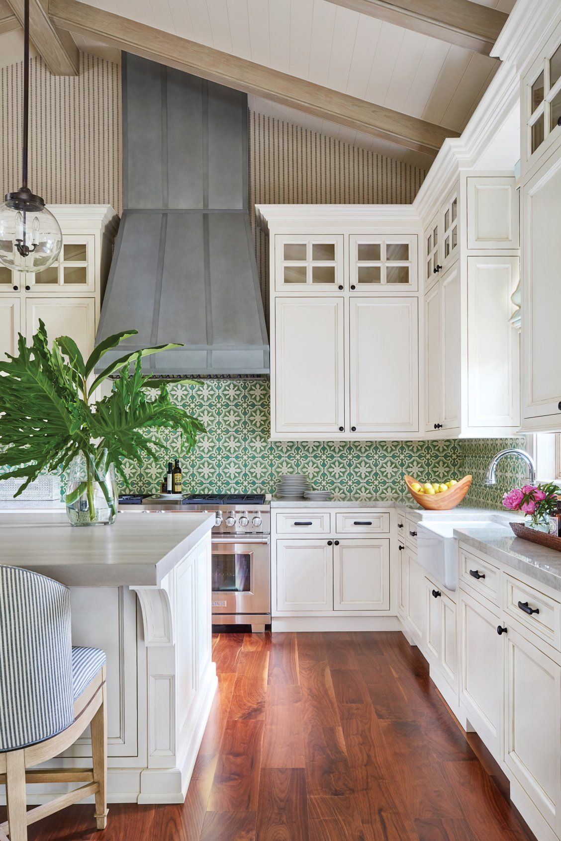 This New Palm Beach House Is Bursting With Old Florida Charm Backsplash For White Cabinets Green Backsplash Kitchen Design