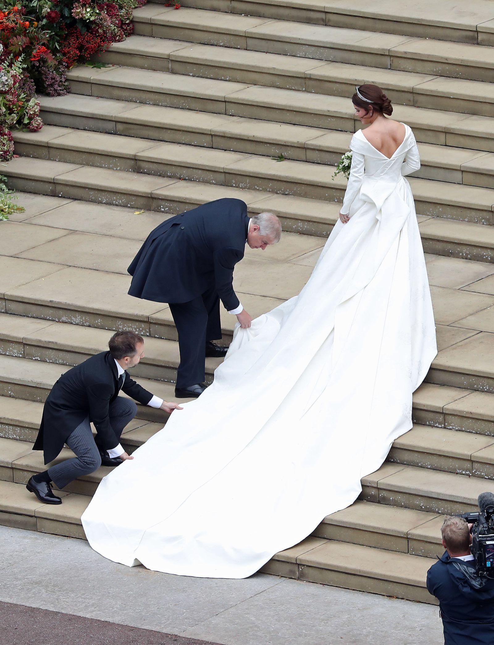 Prince Andrew Made Everyone Cry At Princess Eugenie S Wedding Reception Eugenie Wedding Princess Wedding Dresses Royal Wedding Gowns [ 2091 x 1600 Pixel ]