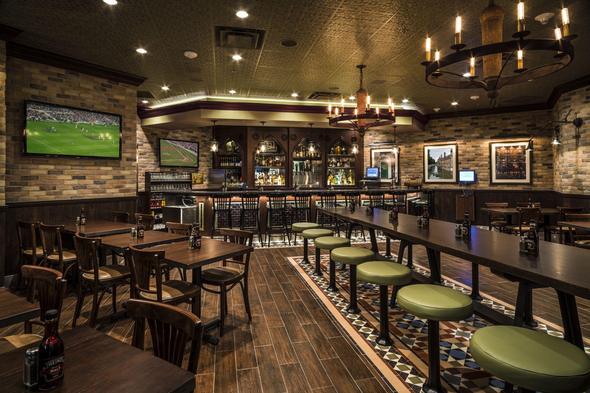 irish pub mia international airport terminal d inside