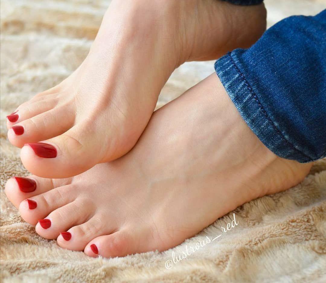 Photos Of Pretty Feet