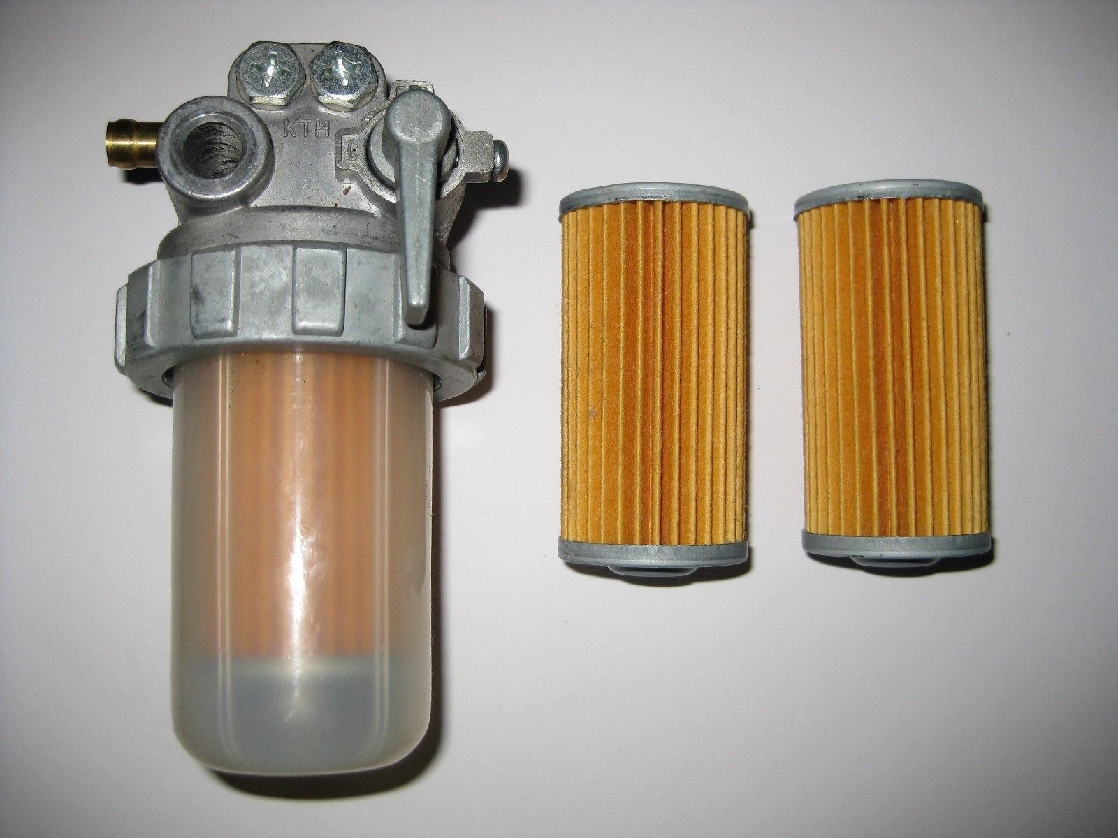 kubota model fuel filter valve 2 spare elements 104500 55710 ebay [ 1600 x 1200 Pixel ]