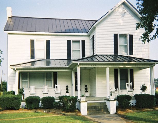 Metal Roof With White House | Photo Gallery   Metal Roofing For Residential  And Commercial Roofs