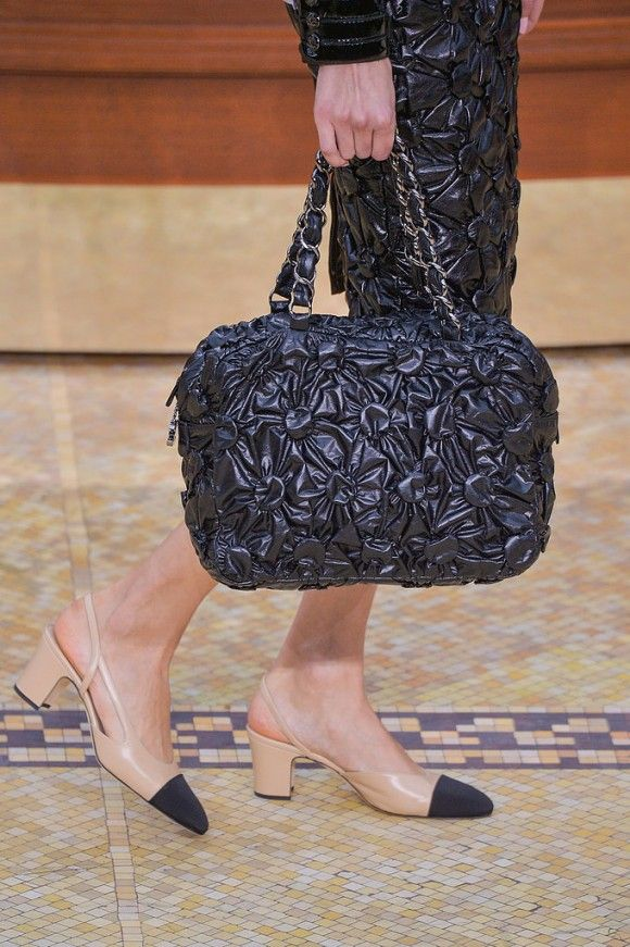 Hot Now: O novo queridinho da Chanel - Helena Bordon