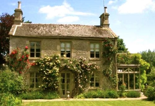 Perfect Old Cottage Cotswolds Cottage Cottage Exterior Country Cottage Decor