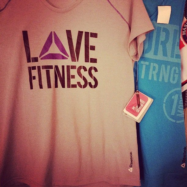 Found two #Reebok #CrossFit shirts tonight for a steal. Couldn't pass them up! - http://www.girlsworkhard.com/found-two-reebok-crossfit-shirts-tonight-for-a-steal-couldnt-pass-them-up/