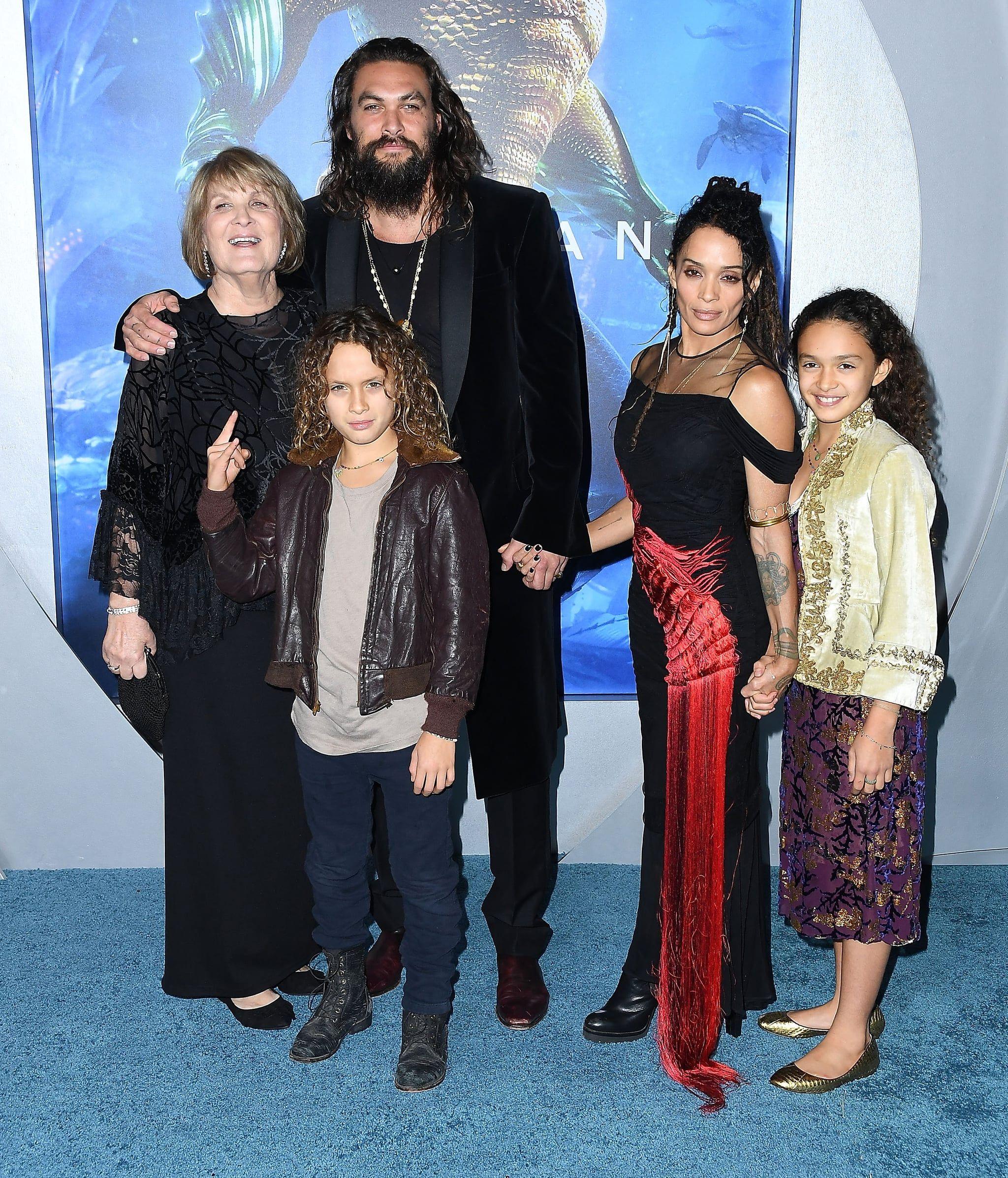 """Lisa Bonet And Jason Momoa At The Mad Max Premiere: Jason Momoa And Lisa Bonet's PDA On The """"Blue"""" Carpet"""