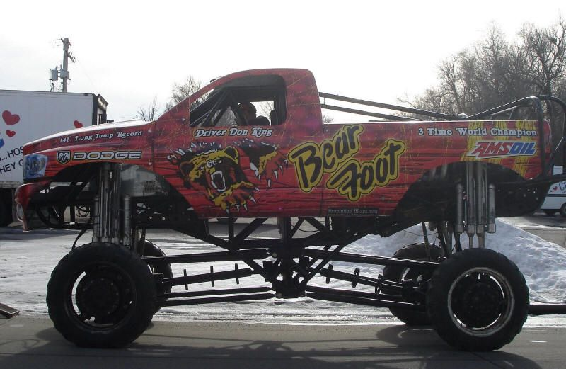 Monster Truck Photos Pictures Of Monster Trucks Monster Trucks Big Monster Trucks Monster Pictures