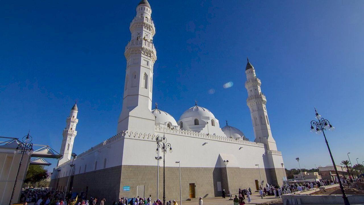 بماذا تشتهر سلطنة عمان Masjid Beautiful Mosques Islamic Culture