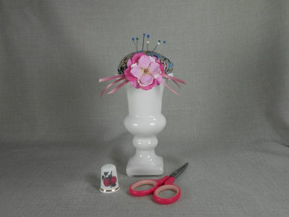 Pincushion offwhite vase pink/blue paisley by NicuNeedles on Etsy, $8.99