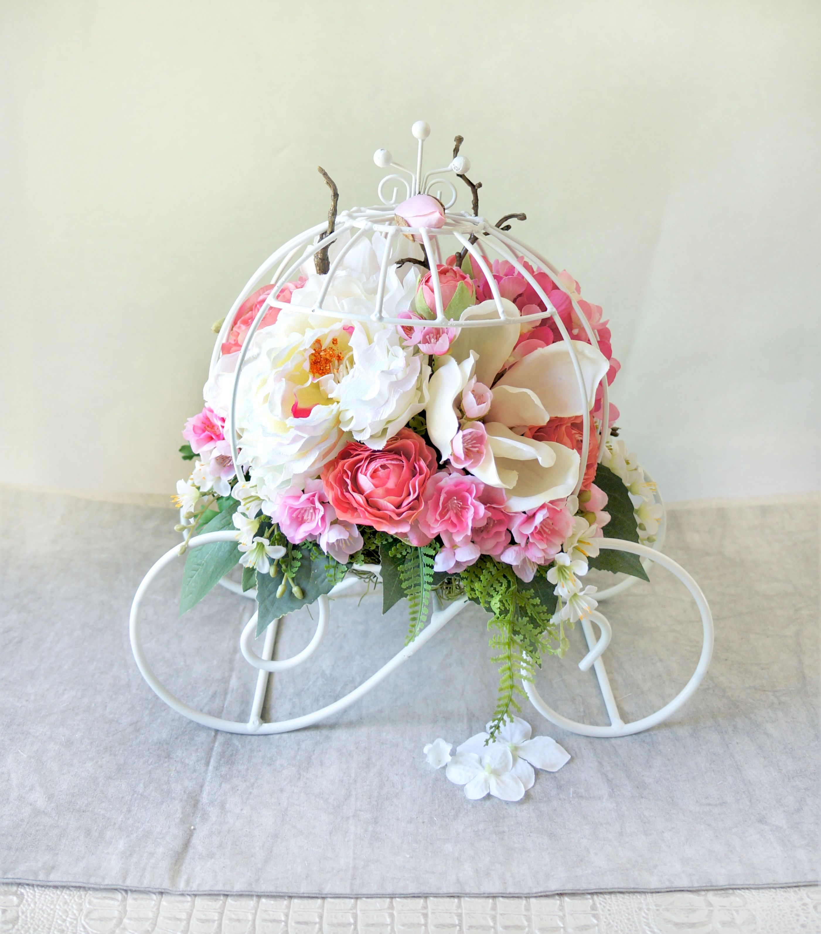 Princess Carriage  This Elegant And Lovely Centerpiece Is Every