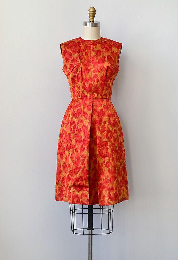 1000  images about bateau-necked dresses on Pinterest  Vogue ...