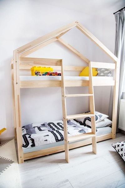 kinderbetten holzhaus bett f r kinder talo d5 70x140 ein designerst ck von plusdom bei. Black Bedroom Furniture Sets. Home Design Ideas