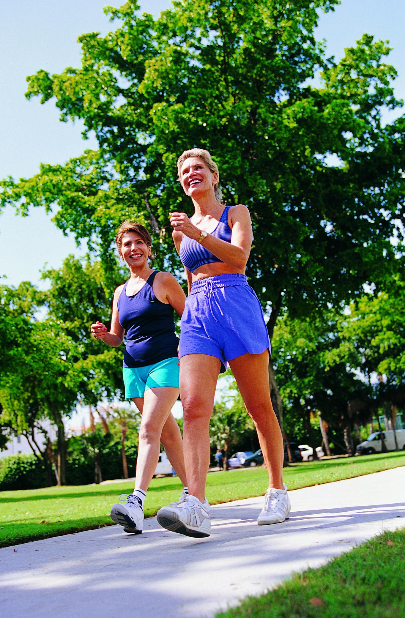 Caminhada ajuda a combater depressão, diz estudo. #fitness #caminhada