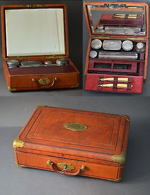 bc863a8663d9 19th Century Mens Travelling Vanity Case Solid Silver Glass And Leather Vintage  Makeup