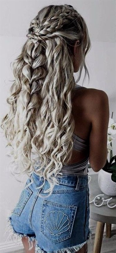 Need Some A New Hairstyle That Incorporates A Beautiful Braid Here Are 39 Of The Top Braid Hairstyles That Ar Hair Styles Festival Hair Braids Grey Curly Hair